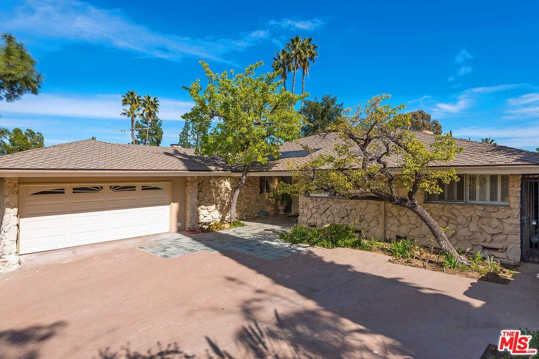 Photo of 4046  STRAWBERRY Place  Encino  CA