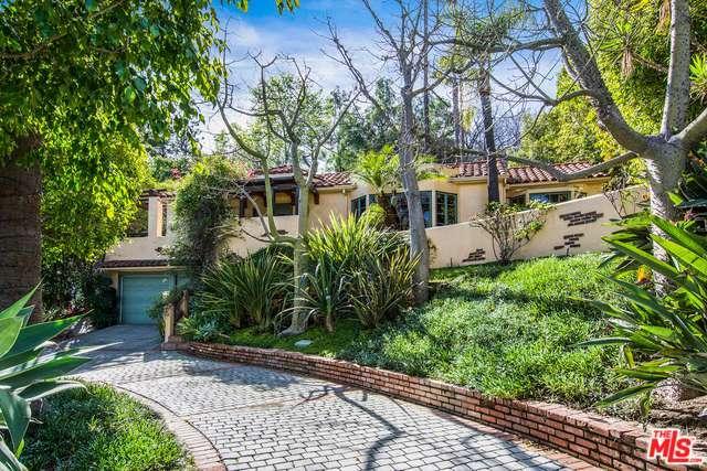Hacienda, Single Family - Sherman Oaks, CA (photo 1)