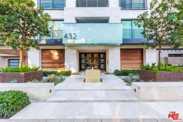 Photo of 432 North OAKHURST Drive  Beverly Hills  CA