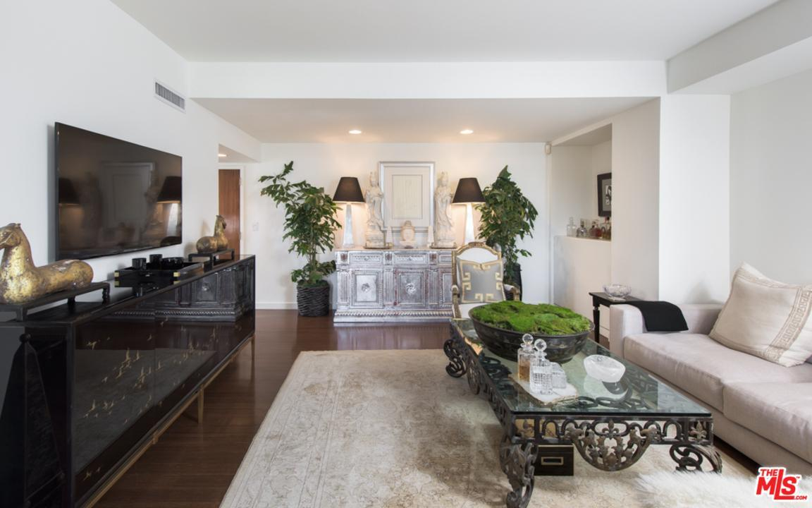 818 N Doheny Dr # 302, West Hollywood, CA 90069