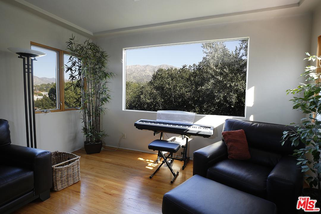 Photo of 6948  SAINT ESTABAN Street  Tujunga  CA