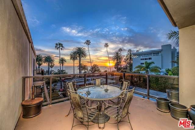 Photo of 833  OCEAN Avenue  Santa Monica  CA