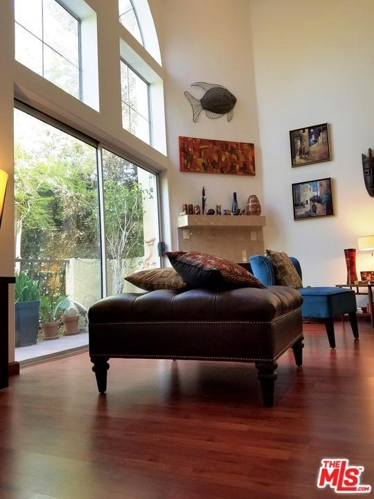 Photo of 11044  ACAMA Street  Studio City  CA