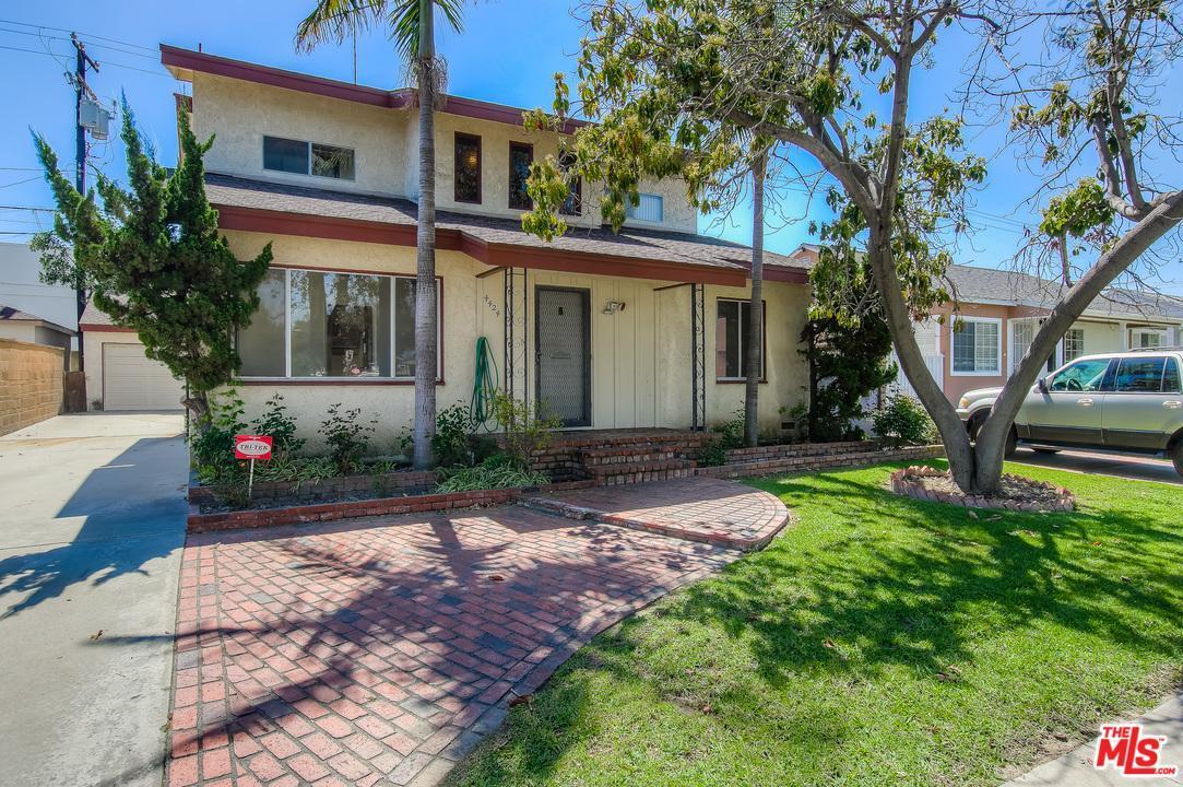 Photo of 4424  CAMERINO Street  Lakewood  CA