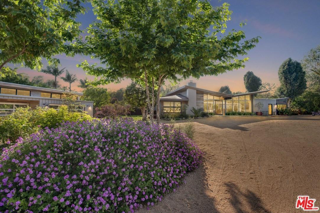 Single Story property for sale at 6237  BONSALL Drive, Malibu California 90265