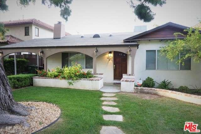 Photo of 22143  AVENUE SAN LUIS  Woodland Hills  CA