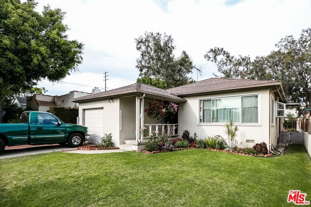 Photo of 3612  KELTON Avenue  Los Angeles City  CA