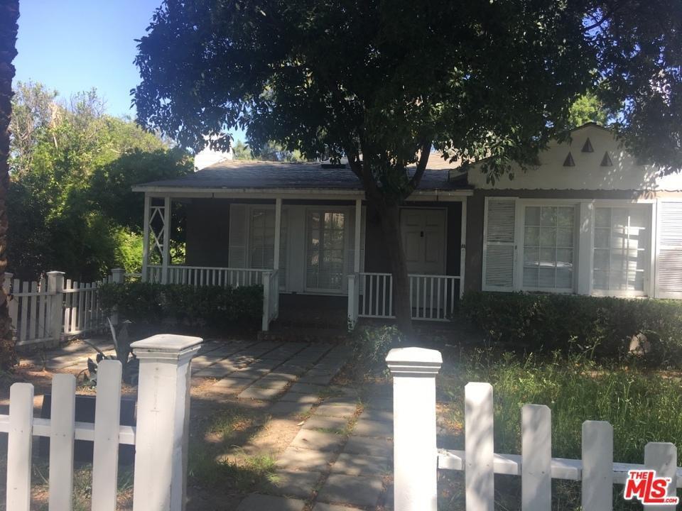 Photo of 4664  LEMONA Avenue  Sherman Oaks  CA