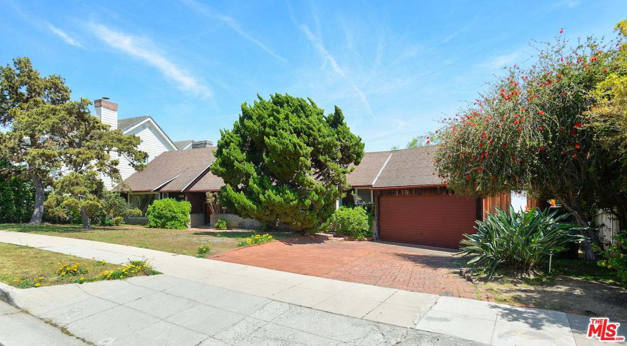 Photo of 16766  BOLLINGER Drive  Pacific Palisades  CA
