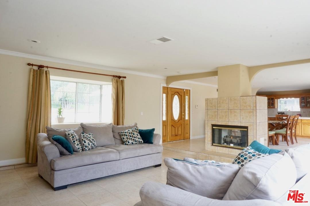 Photo of 22906  ROSCOE  West Hills  CA
