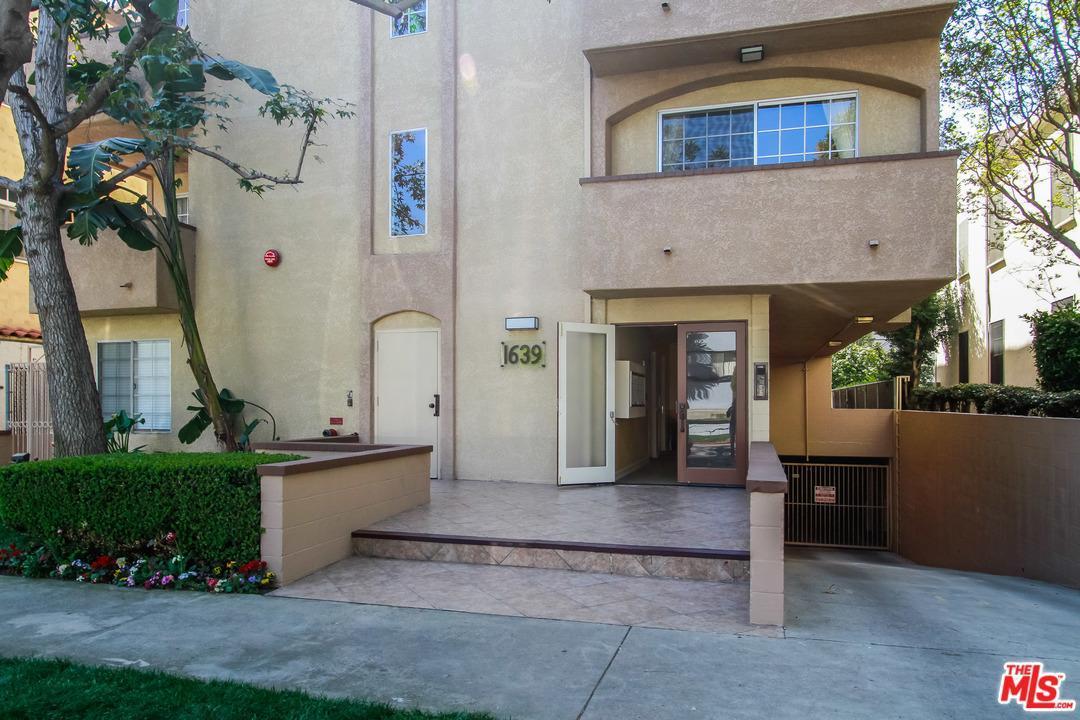 Photo of 1639  CAMDEN Avenue  Los Angeles City  CA