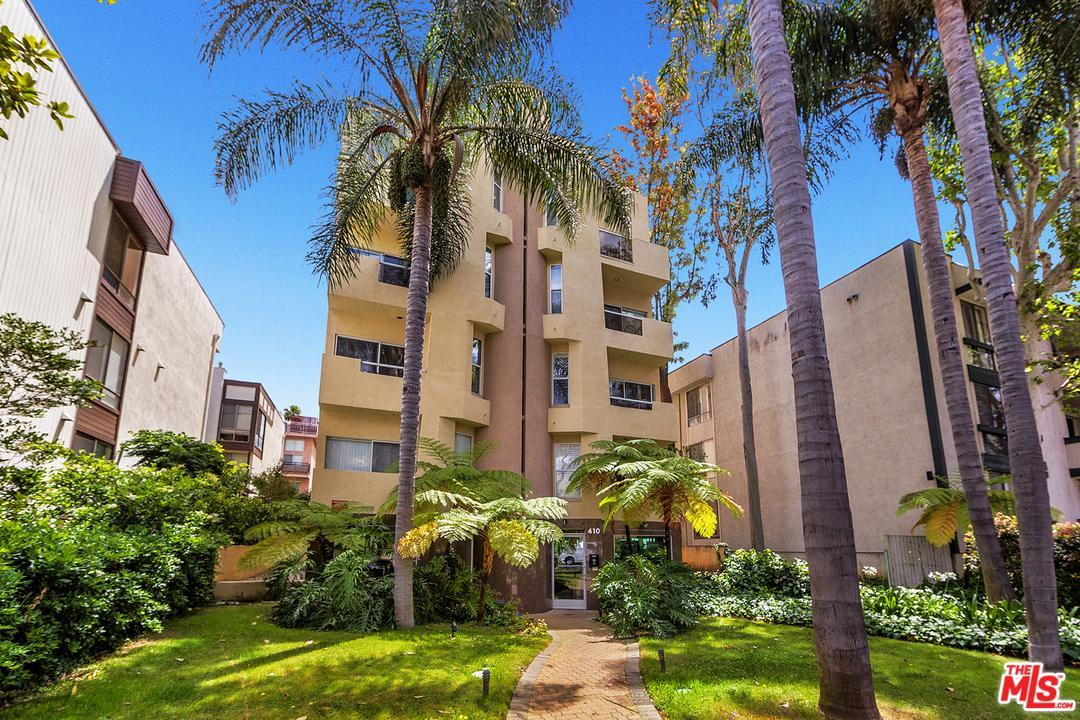 Photo of 410 North OAKHURST Drive  Beverly Hills  CA