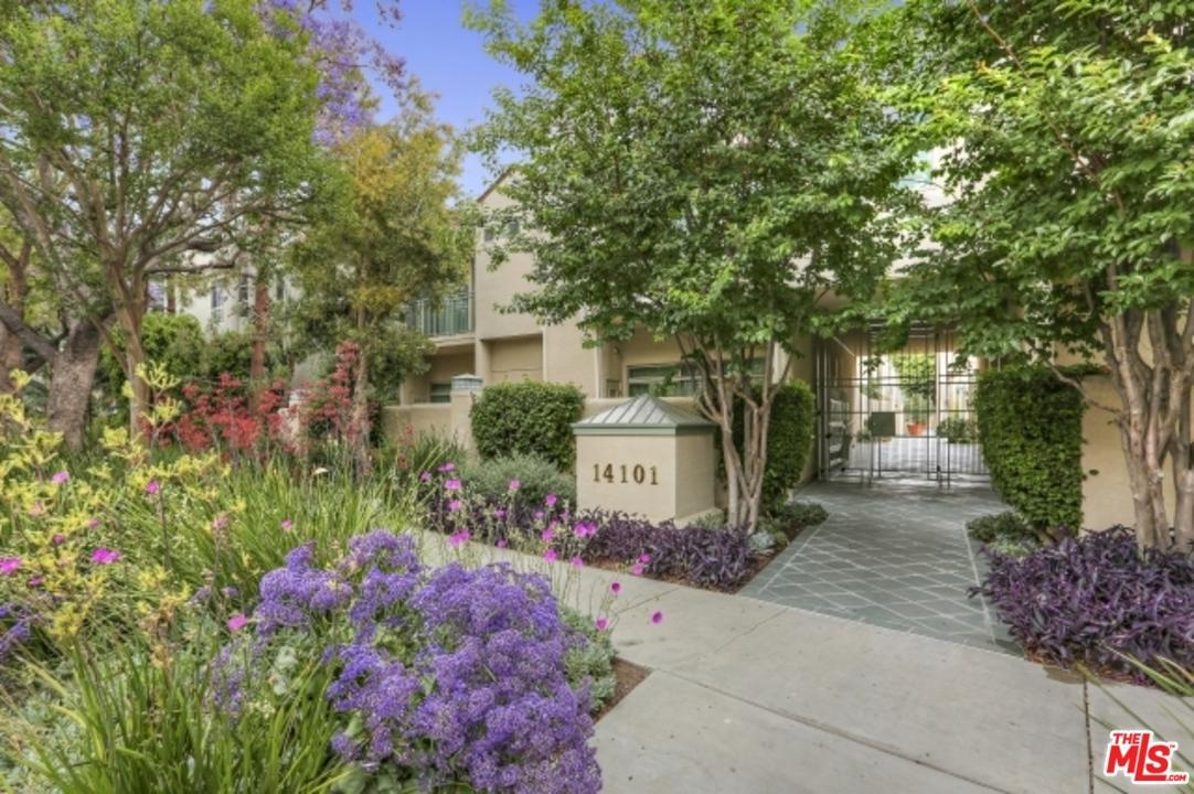 Photo of 14101  DICKENS Street  Sherman Oaks  CA