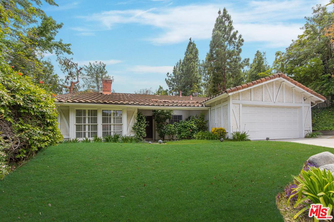 Photo of 10406  WINDTREE Drive  Los Angeles City  CA