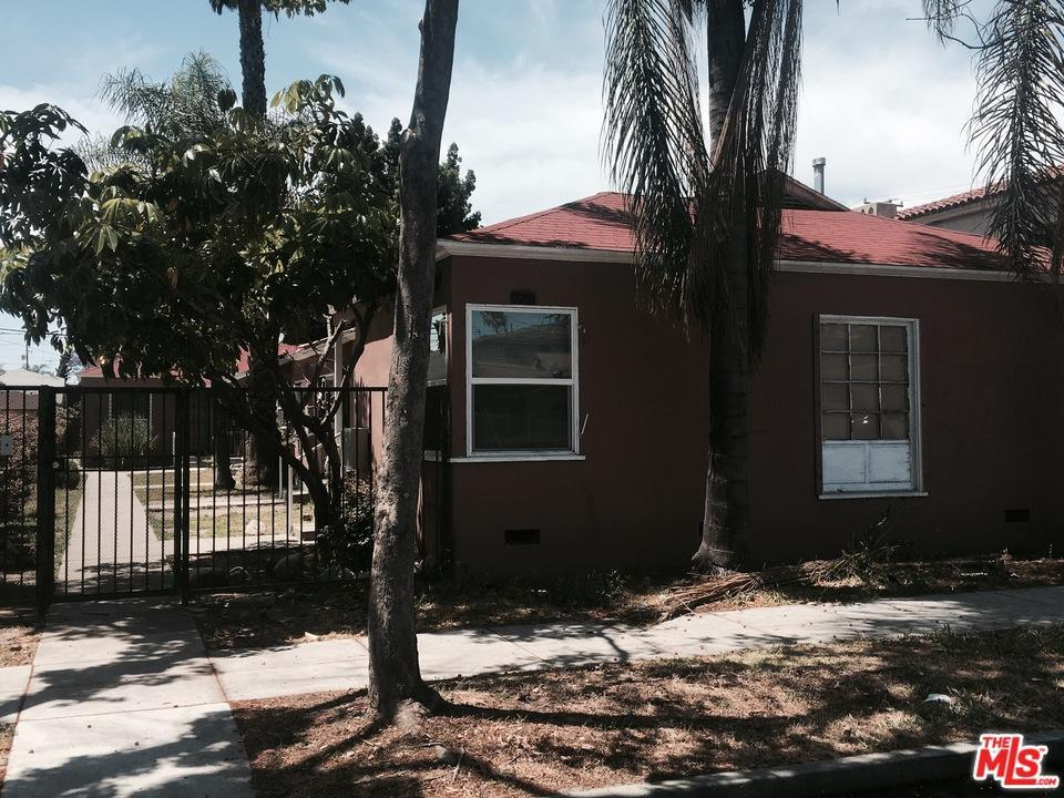 2065  Locust Avenue Long Beach, CA 90806
