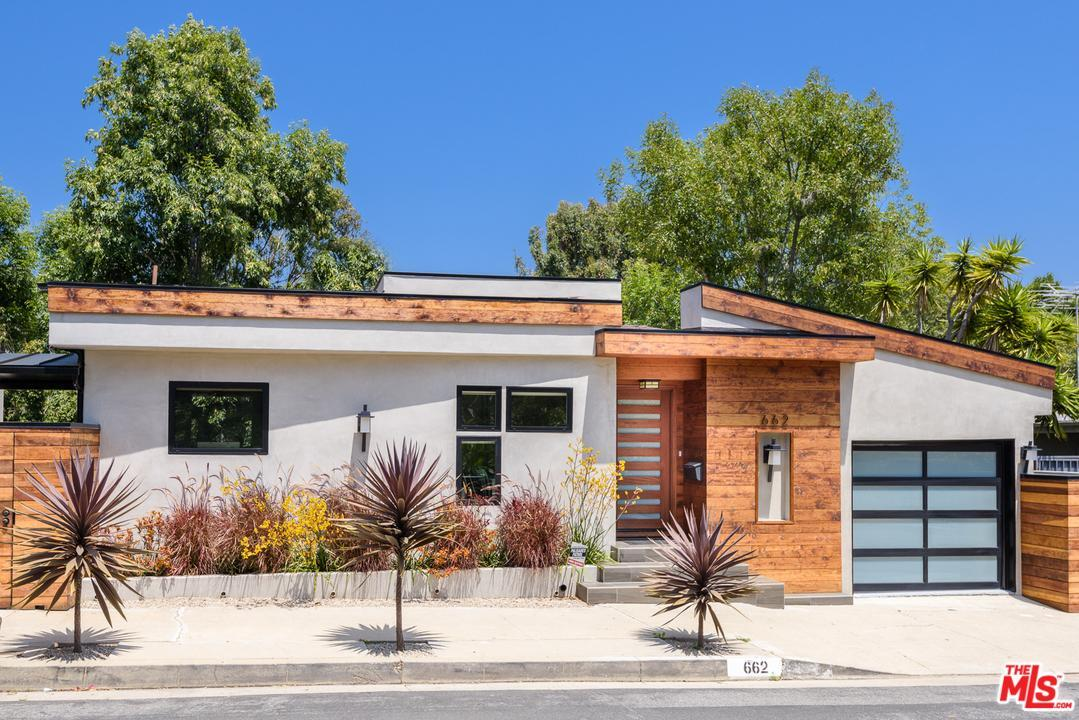 Photo of 662  PALMERA Avenue  Pacific Palisades  CA