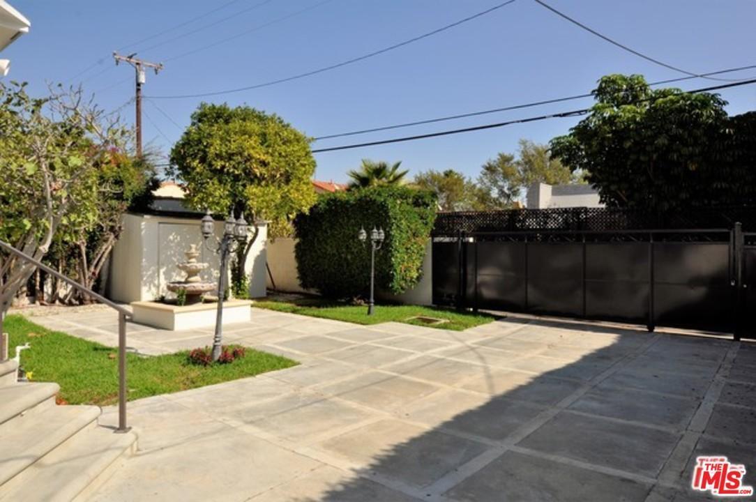 Mediterranean, Single Family - Beverly Hills, CA (photo 2)