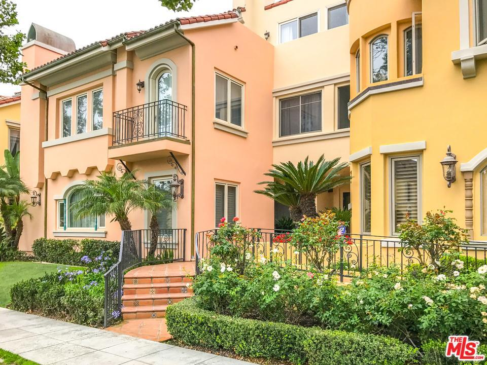 Photo of 143 North ARNAZ Drive  Beverly Hills  CA