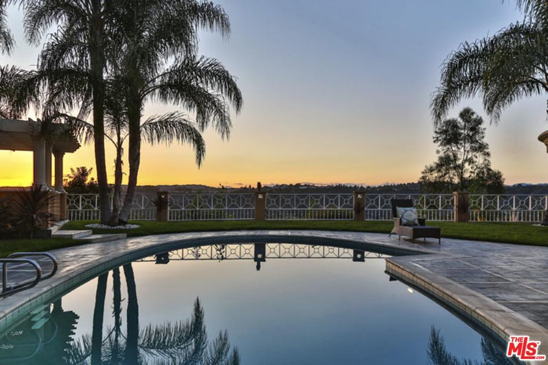 9681  HIGHRIDGE Drive, Beverly Hills PO in Los Angeles County, CA 90210 Home for Sale