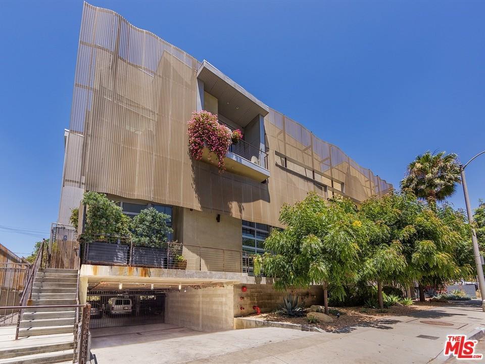 Photo of 1523  GORDON Street  Los Angeles City  CA