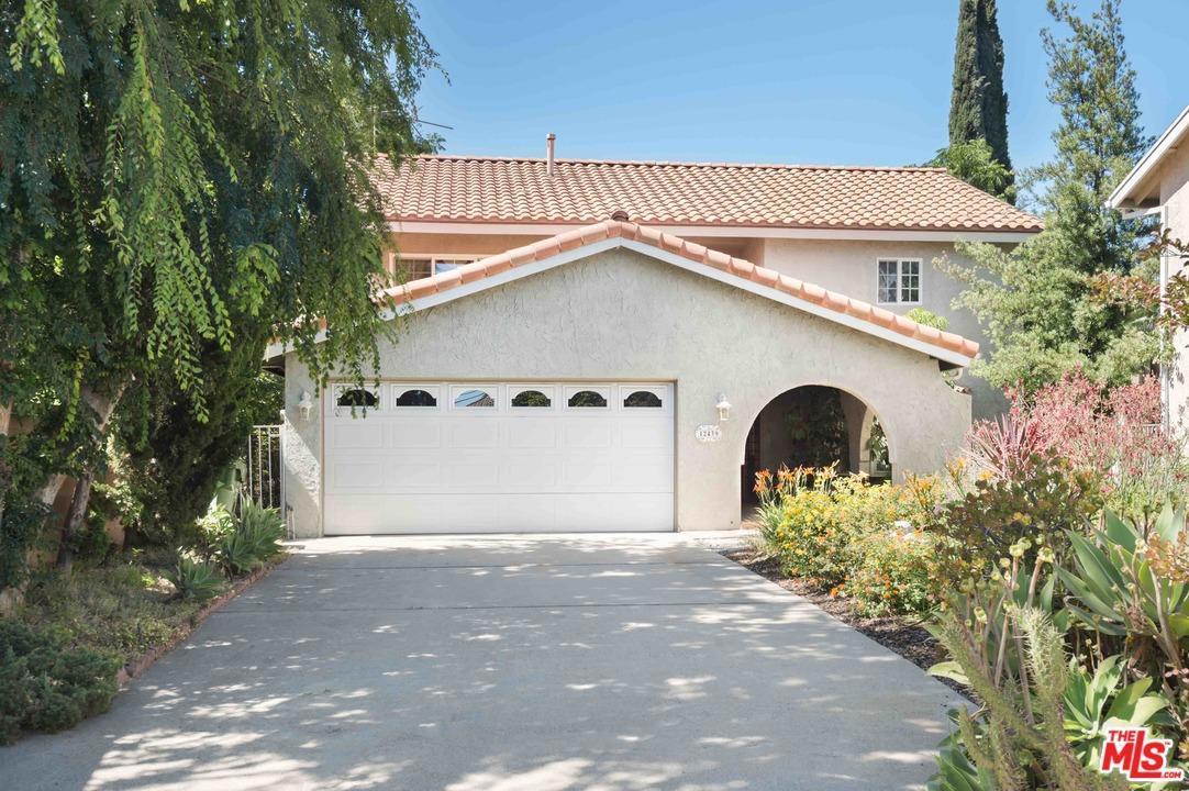 Photo of 12439  HUSTON Street  Valley Village  CA