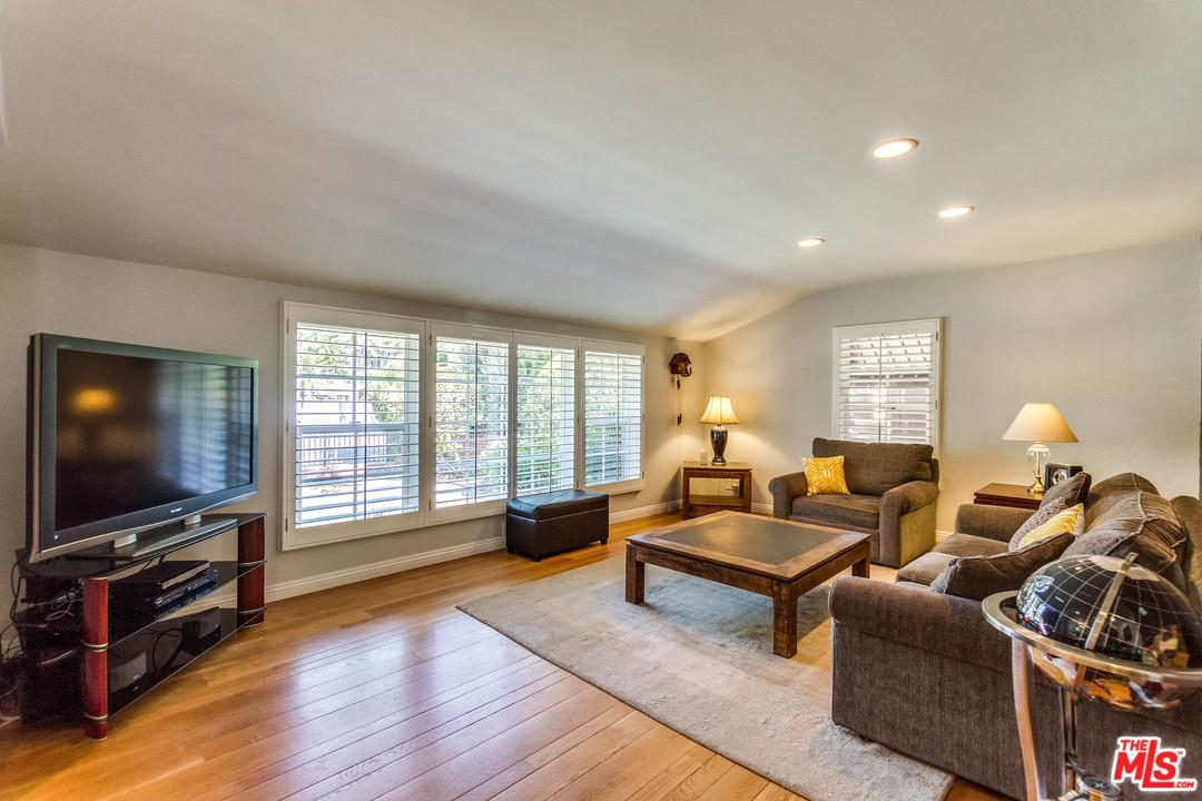 Photo of 4719  LEMONA Avenue  Sherman Oaks  CA