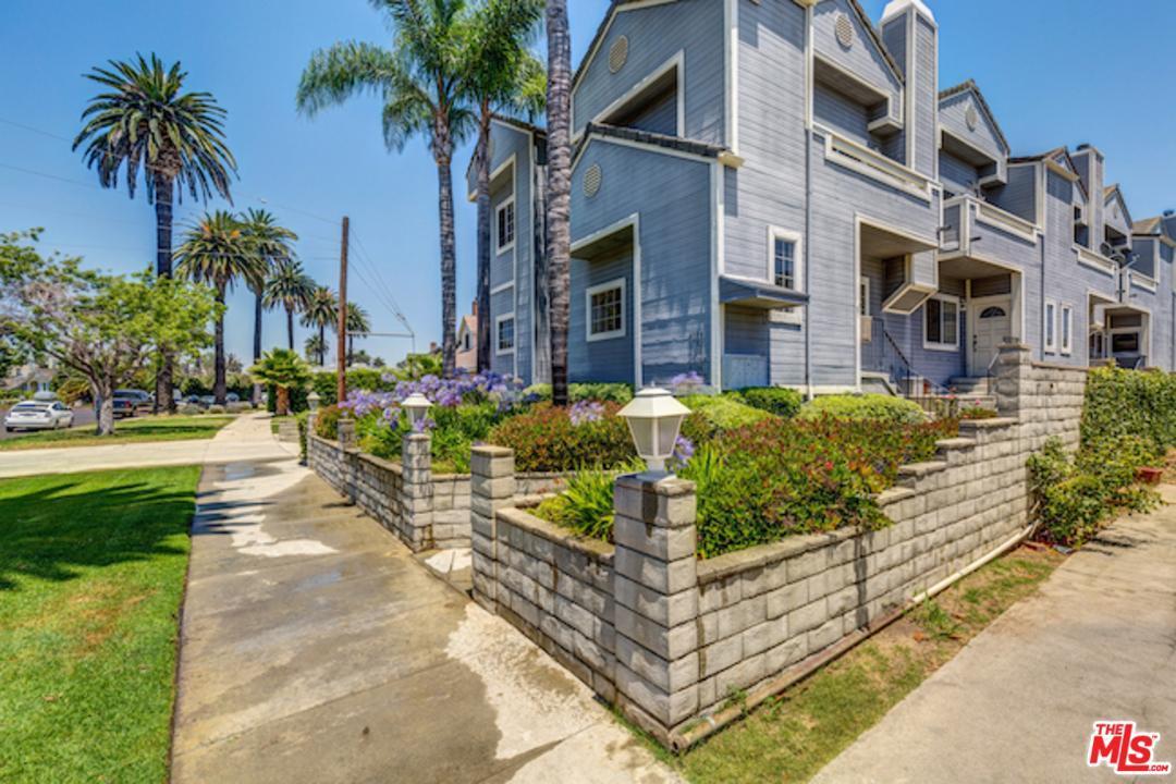Photo of 4190  MARCASEL Avenue  Los Angeles City  CA