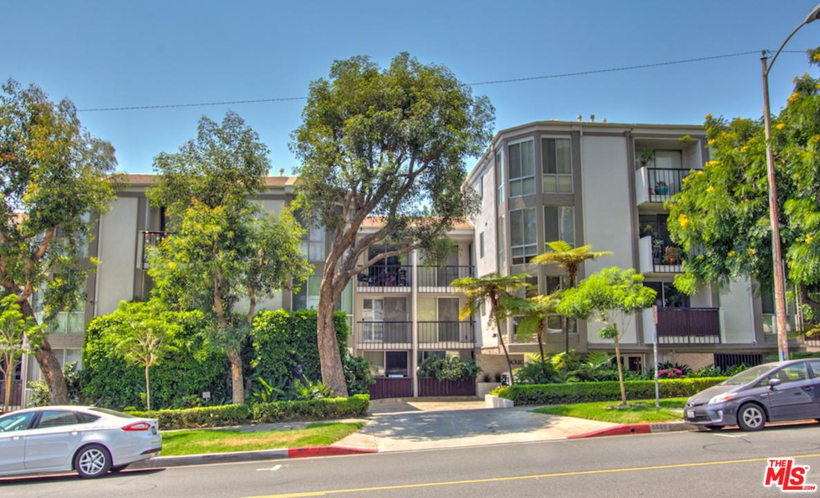 Photo of 8530  HOLLOWAY Drive  West Hollywood  CA