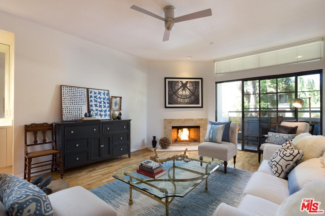 200 North SWALL Drive 351, Beverly Hills, California