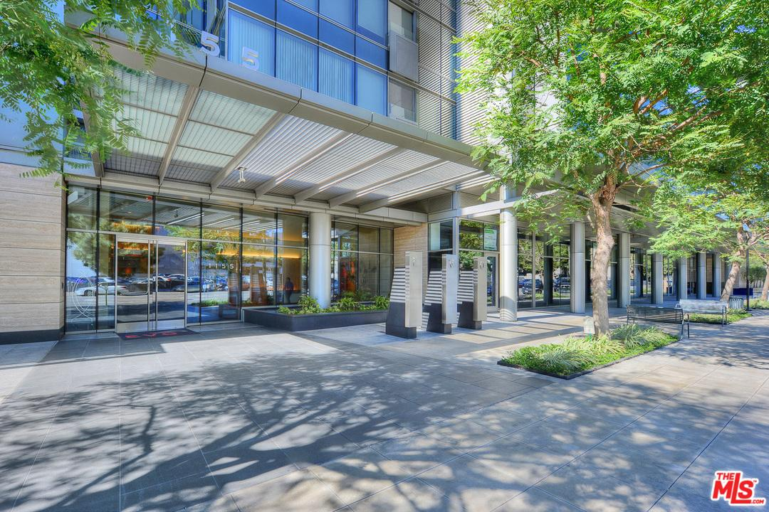 Photo of 1155 South GRAND Avenue  Los Angeles City  CA