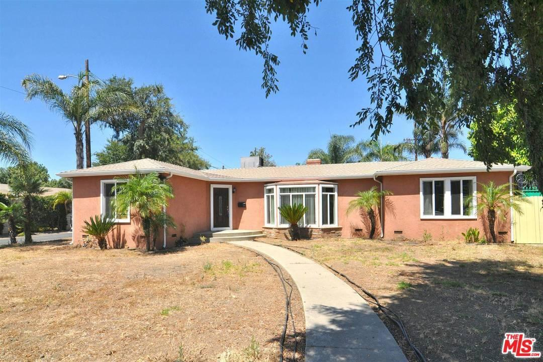 Photo of 5501  WOODMAN Avenue  Sherman Oaks  CA