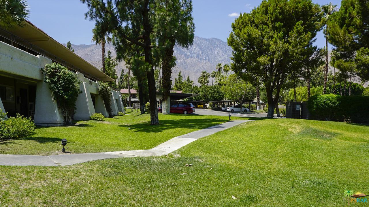 Photo of 2860 North LOS FELICES Road  Palm Springs  CA
