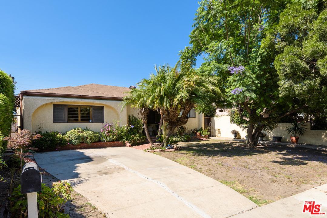 Photo of 2937  VIRGINIA Avenue  Santa Monica  CA