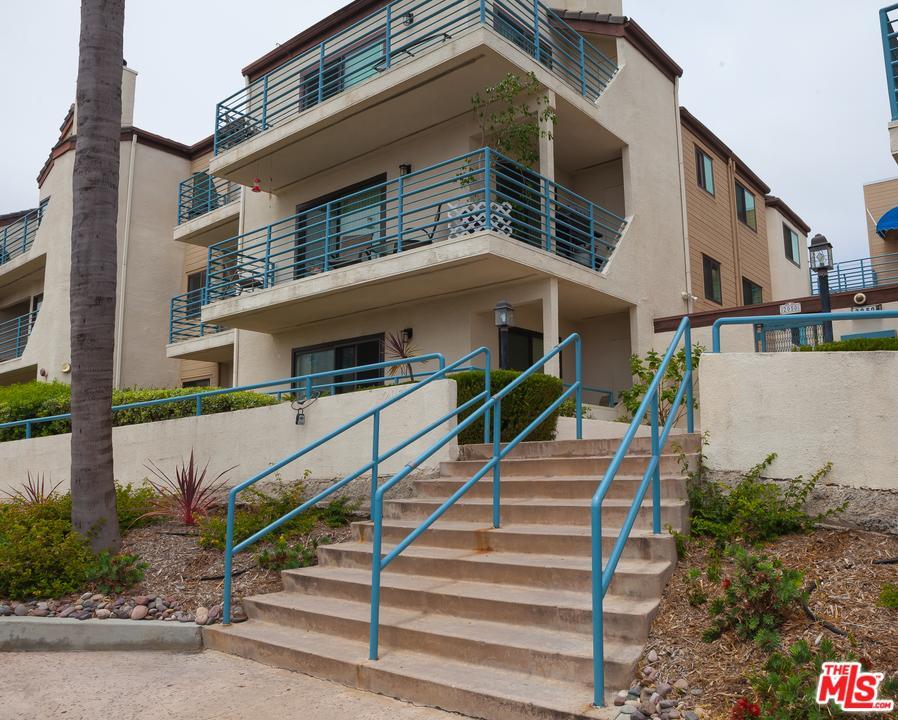 Photo of 2050  PACIFIC BEACH Drive  San Diego City  CA