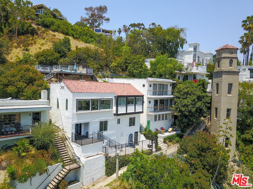 Photo of 2175  BROADVIEW Terrace  Los Angeles City  CA
