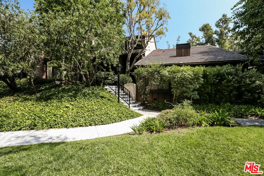 4905  TARA Terrace, Culver City, California