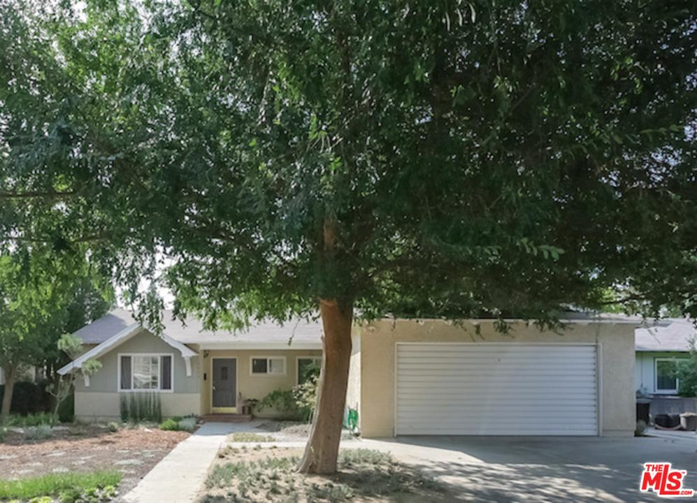 Photo of 6946  ROYER Avenue  West Hills  CA