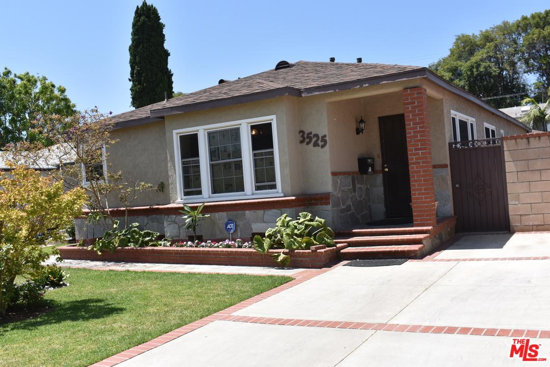 Photo of 3525  ROSEWOOD Avenue  Los Angeles City  CA