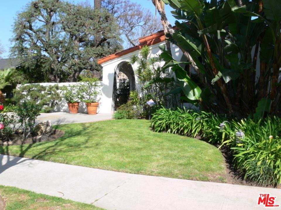 Photo of 208 South CLARK Drive  Beverly Hills  CA