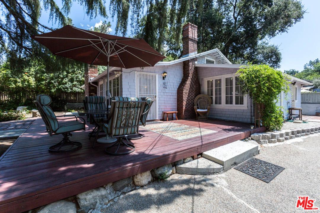 Photo of 3130  FAIR OAKS Avenue  Altadena  CA
