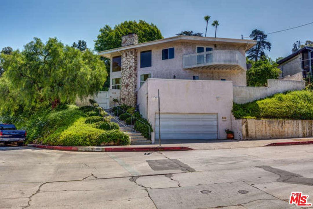Photo of 2126 North COMMONWEALTH Avenue  Los Angeles City  CA
