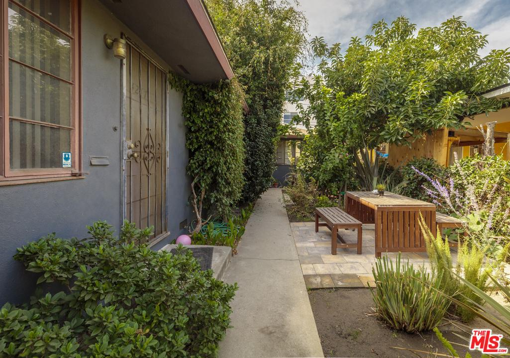4247 South CENTINELA Avenue, Mar Vista in Los Angeles County, CA 90066 Home for Sale