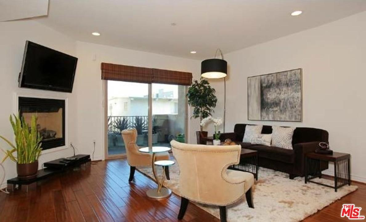 Photo of 1410 North CURSON Avenue  West Hollywood  CA