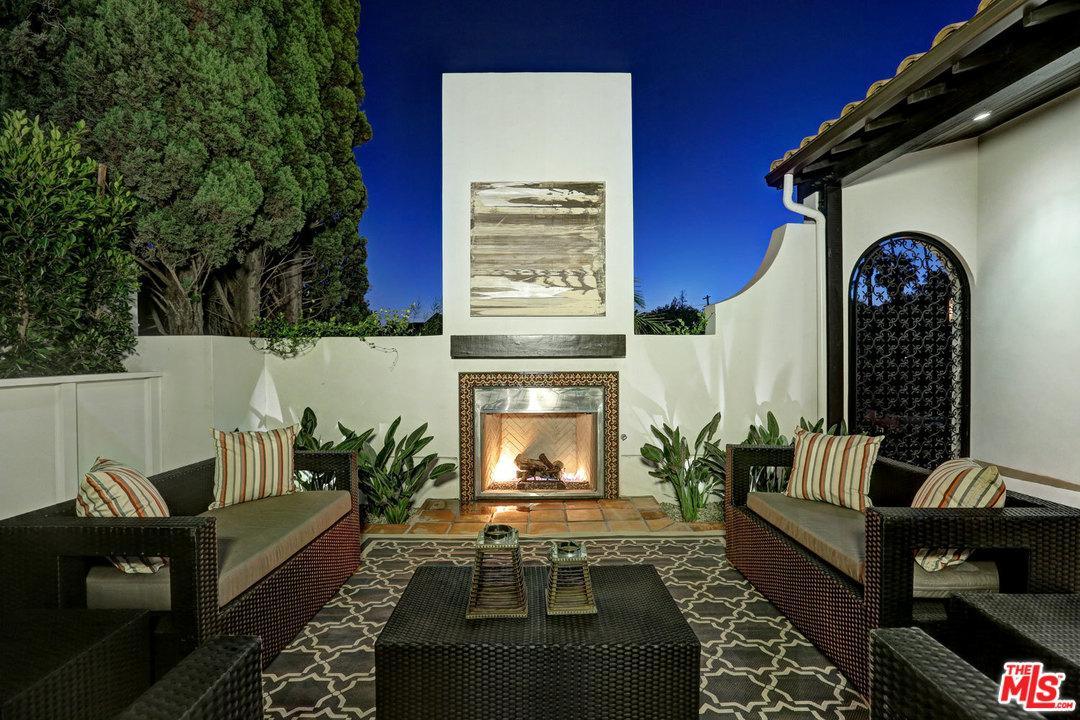 Photo of 530 North ALTA VISTA Boulevard  Los Angeles City  CA