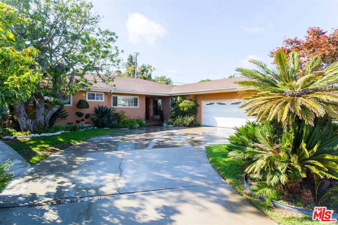 Photo of 6511  WOOSTER Avenue  Los Angeles City  CA