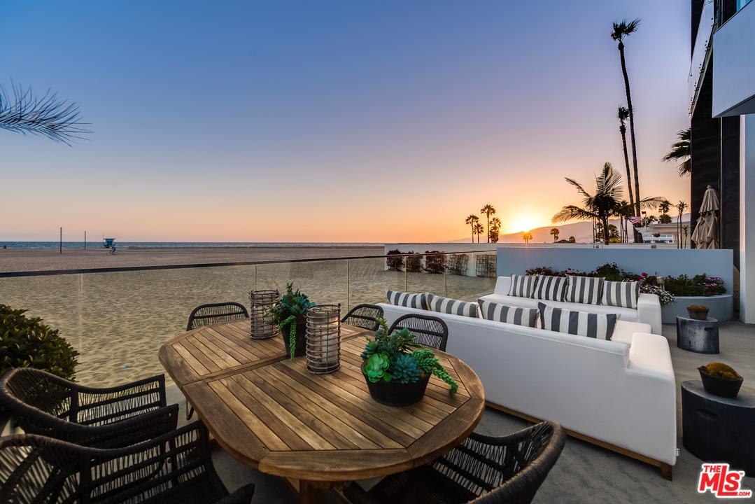 270 Palisades Beach Road 203 Santa Monica, CA 90402