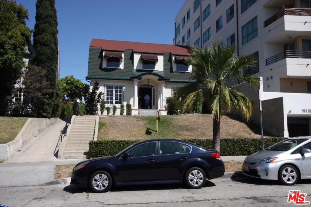 Photo of 982 South GRAMERCY Place  Los Angeles City  CA