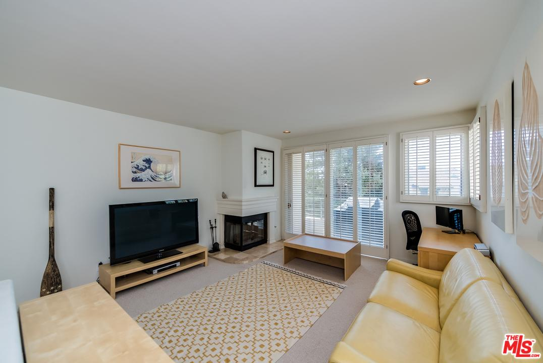 Photo of 15425  ANTIOCH Street  Pacific Palisades  CA