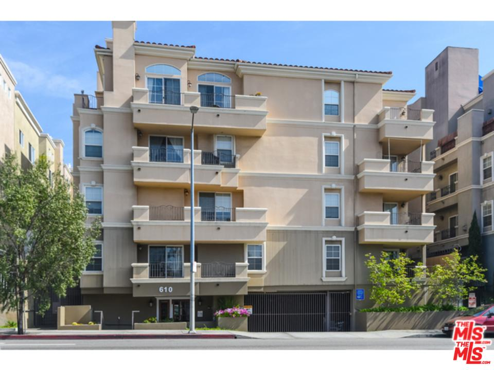 Photo of 610 South WILTON Place  Los Angeles City  CA
