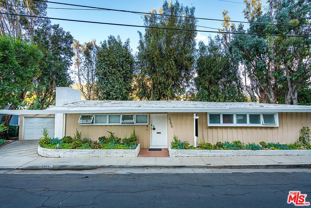 Photo of 3256  HILLOCK Drive  Los Angeles City  CA